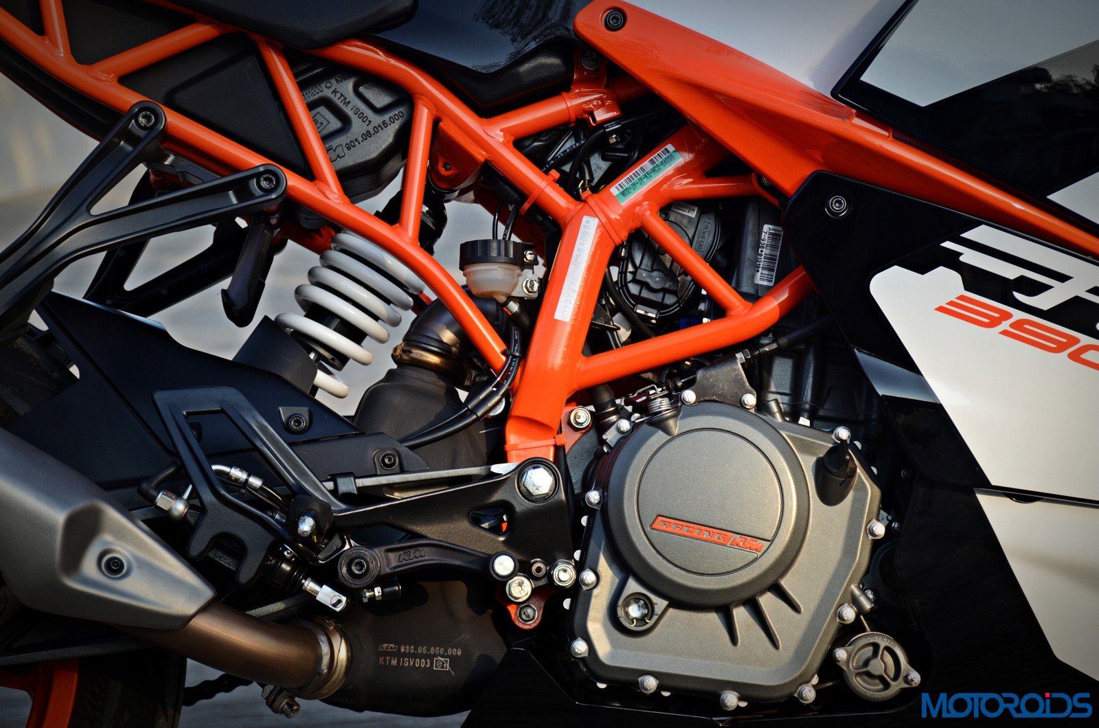 January 30, 2017-New-2017-KTM-RC390-24.jpg
