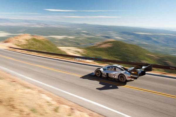God's View Of The Record Breaking Volkswagen I.D. R Pikes Peak Run (1)