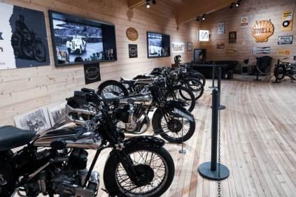 100 de ani Brough Superior