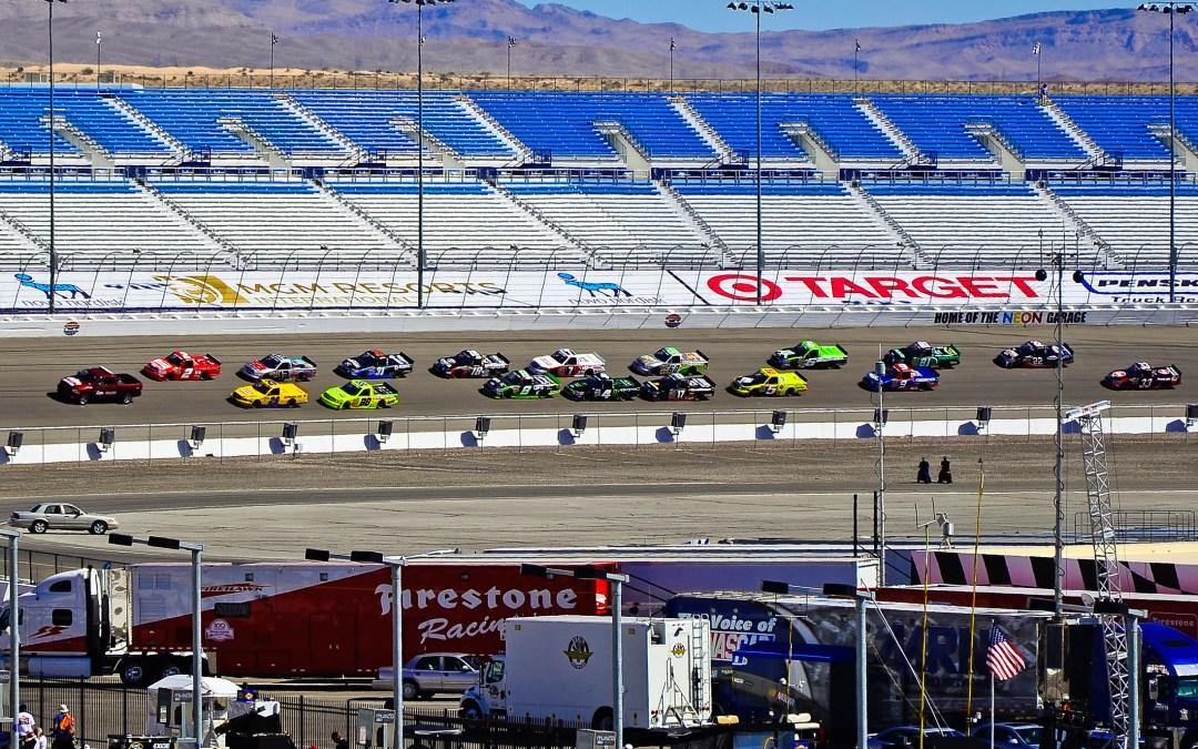 Unieke sponsoractie in Truck Series: tien blauw-gele trucks in Las Vegas