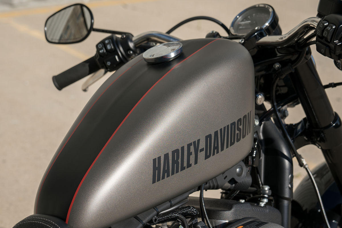 Harley Davidson Sportster Xl 1200 Roadster Modelljahr 2018