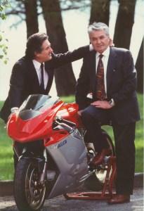 Castiglioni (t.v.) og Tamburini skabte sammen nogle af vor tids smukkeste motorcykler. Her MV Agusta F4.