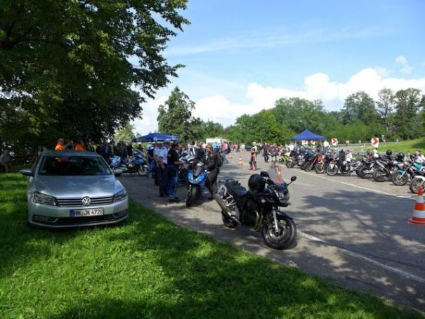 Laut und viel besucht: der Mototrradfahrer-Treff auf der Platte bei Löwenstein.