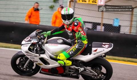 IRRC-Pilot Nico Müller siegte in der Klassik Trophy 4 Takt zweimal in der Klasse Supersport.