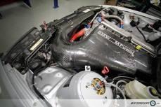 BMW M3 CSL Airbox Lufteinlass MOTORSPORT24