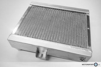 Zusatz-Niedertemperaturkühler Race M4 F82