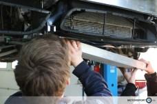 BMW M4 Rennsport Kühler Installation