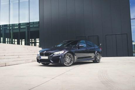 1/500 Sondermodell BMW M3 30 Jahre Macaoblau