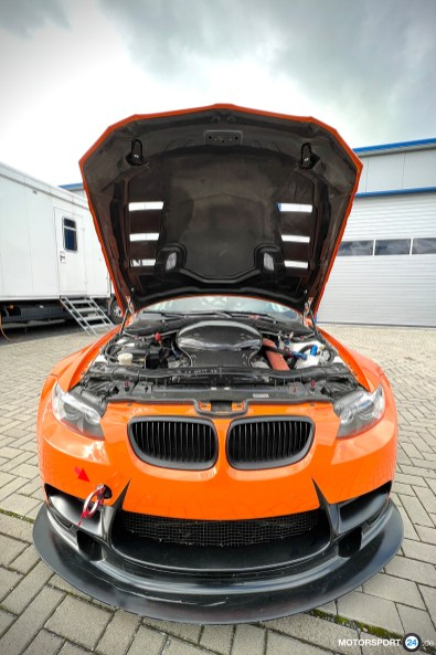 BMW-M3-GT4-For-Sale_0304