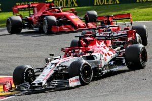 Mika Häkkinen: Hamiltonille helppo voitto, Renault haastoi ja otti