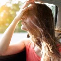 Enjoos no carro? Veja aqui algumas dicas para evitar.