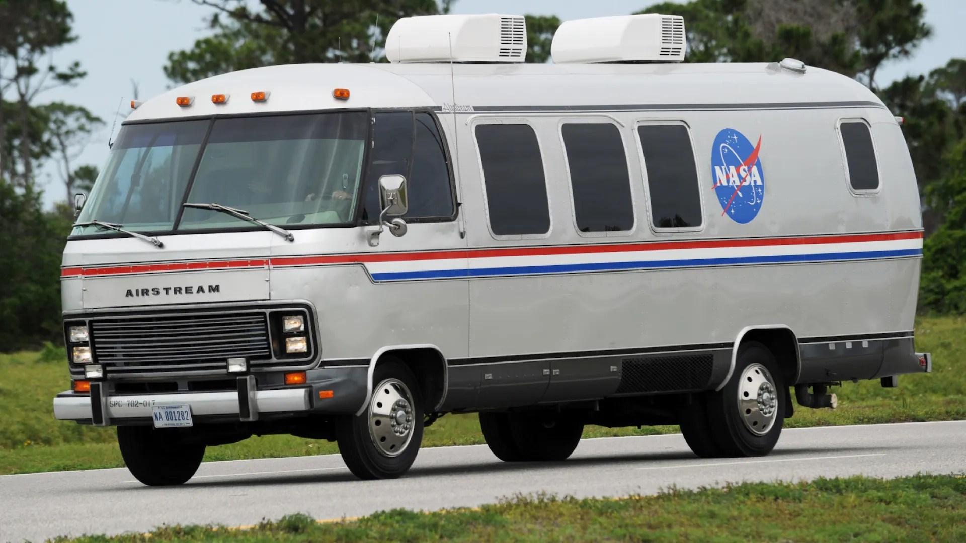 NASA Astronaut Astrovan Motorhome Transport 10