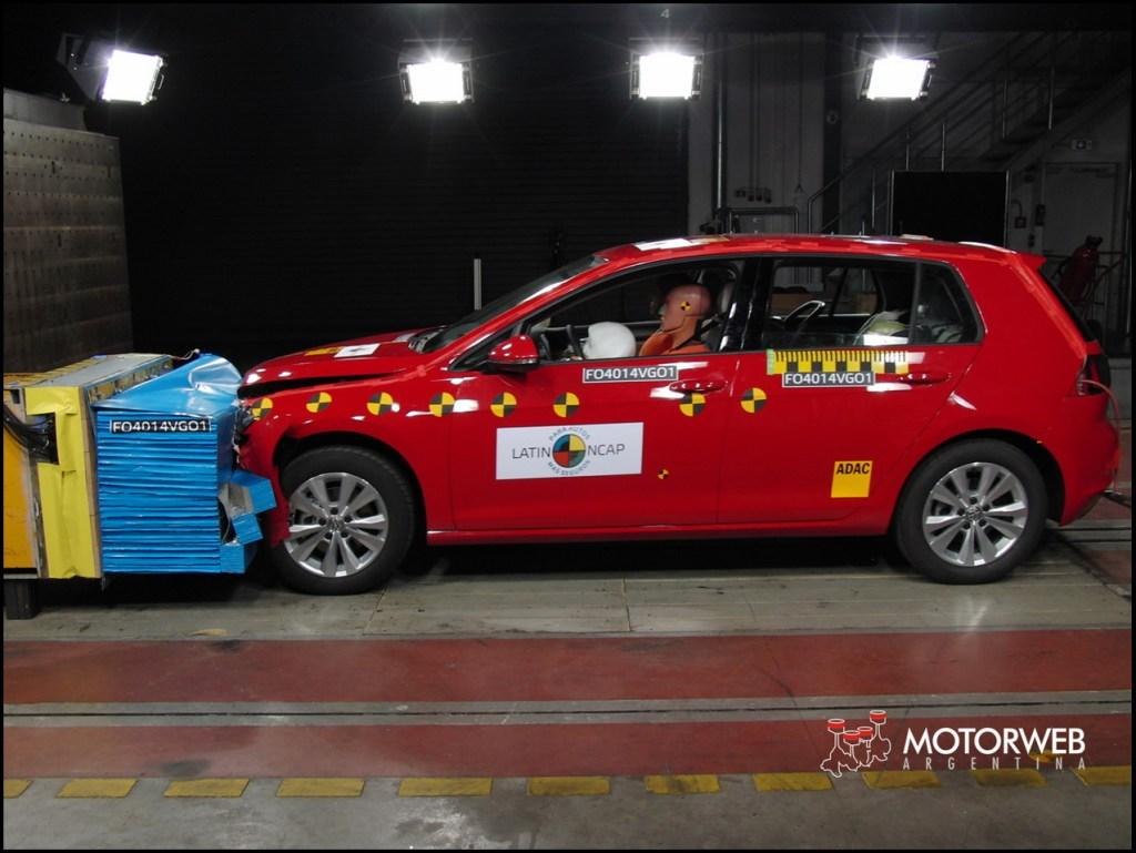 2014 Volkswagen Golf VII Latin NCAP 01