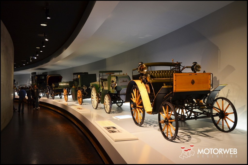 2015-09 Mercedes-Benz Museum Motorweb Argentina 048