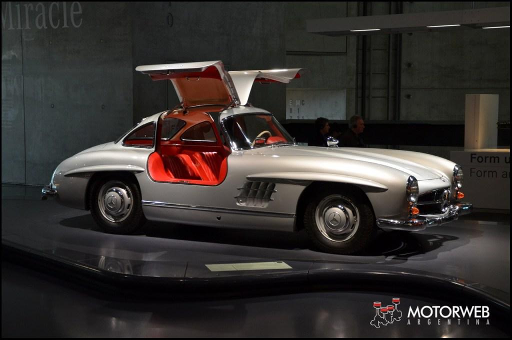 2015-09 Mercedes-Benz Museum Motorweb Argentina 260