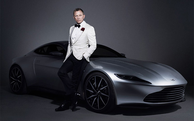 Aston_Martin_DB10_Auction