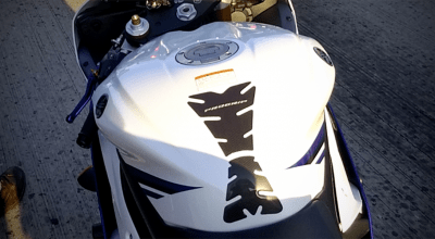 Pro Grip Tank Pad on Yamaha R6