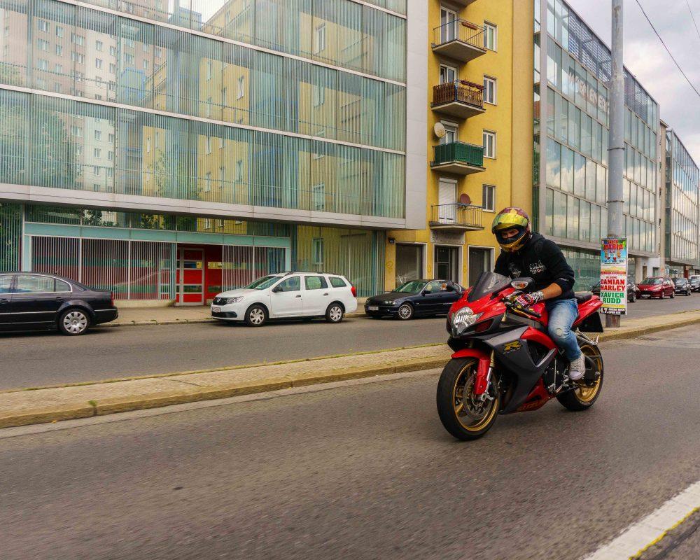 IG.@ironmangixxer - Suzuki GSXR 600 - 1