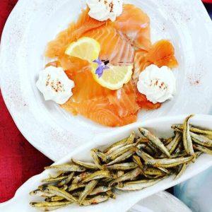 Truite fumée et fritures de poissons