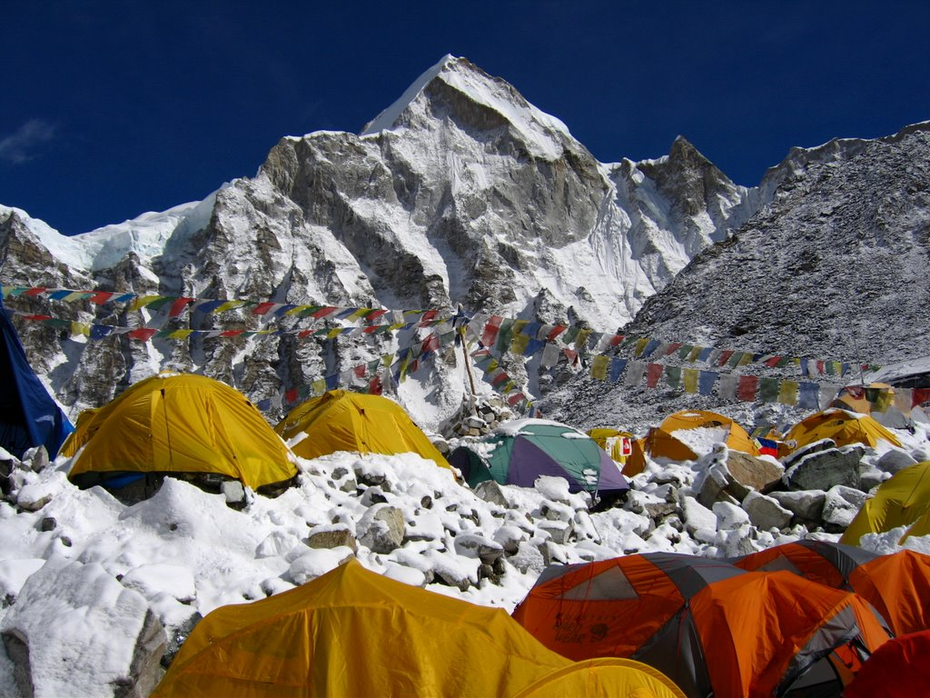 https://i2.wp.com/www.mount-everest.net/images/2-everest-base-camp.jpg