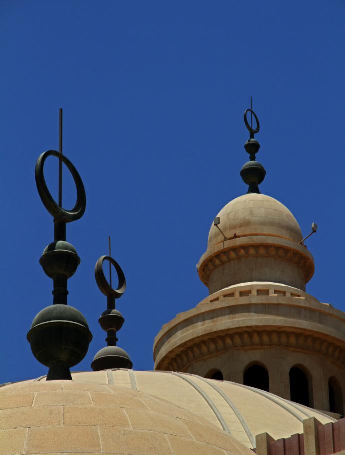 Bahrain-Al-FatehMosque-11AUG13-51