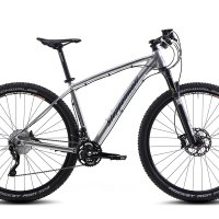 Steppenwolf Tundra LTD Hardtail Mountain Bike, 27.5 or 29 inch wheels, 16.5/18.5/20/21 inch frame, Men's Bike, Chrome/Dark Blue, 99% assembled