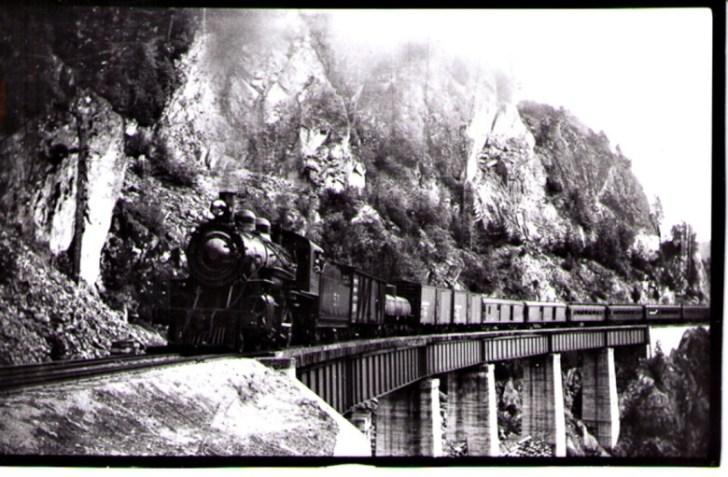 PGE trestle in Cheakamus Canyon. Photo courtesy Whistler Museum.
