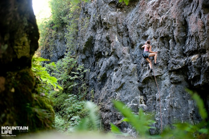 Beaver Valley climbing. Photo by Glen Harris.