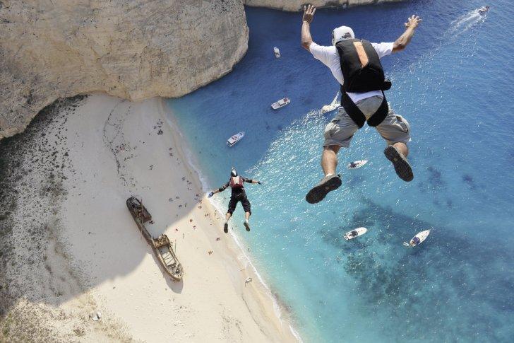 base-jumping