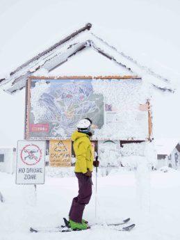 Sign of the ski runs