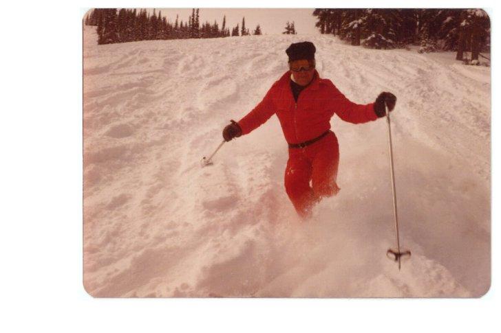 Bob skiing