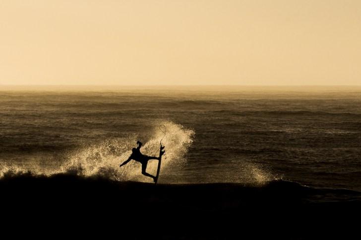 Boards-Blizzards-Winter-Surfing-Nova-Scotia-breaking-wave-photo-by-Marcus-Palladino