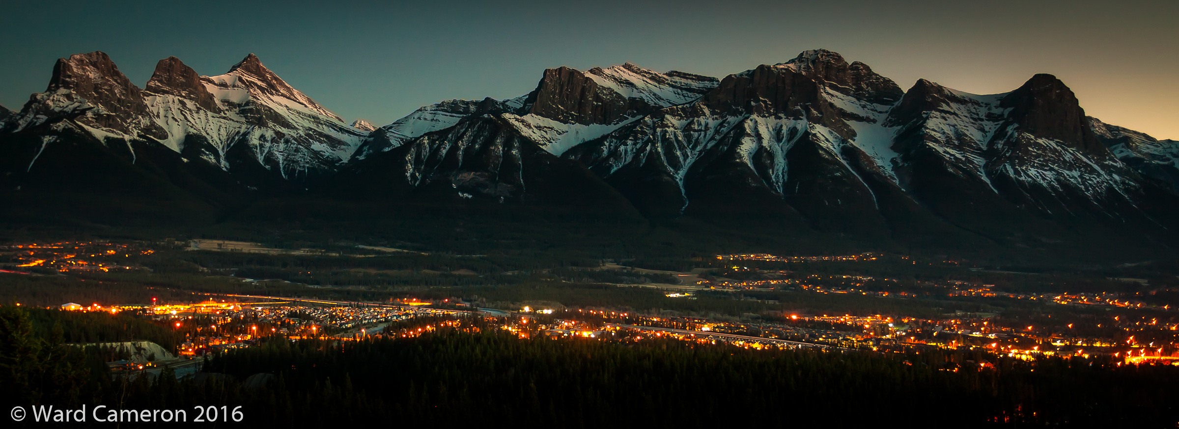 photo of Canmore, Alberta at twilight