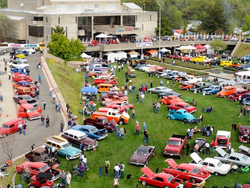 Kool April Nites Showcasing Hot Classic Cars