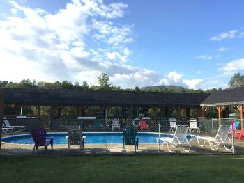 Campground with pool near Stowe
