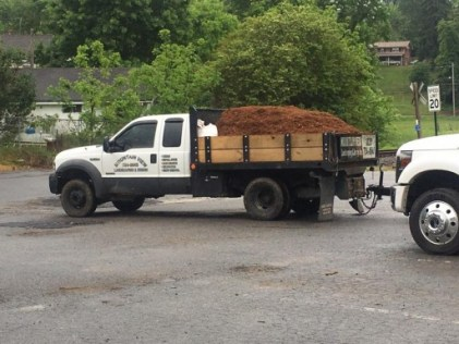 MtnView Landscaping Mulch Truck
