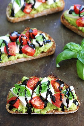 Caprese Avocado Toast from Two Peas and Their Pod featured on Friday Favorites at Mountain View Lane blog