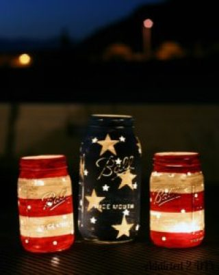 Fourth of July Mason Jar Lantern image from Addicted 2 DIY|featured on Mountain View Lane blog