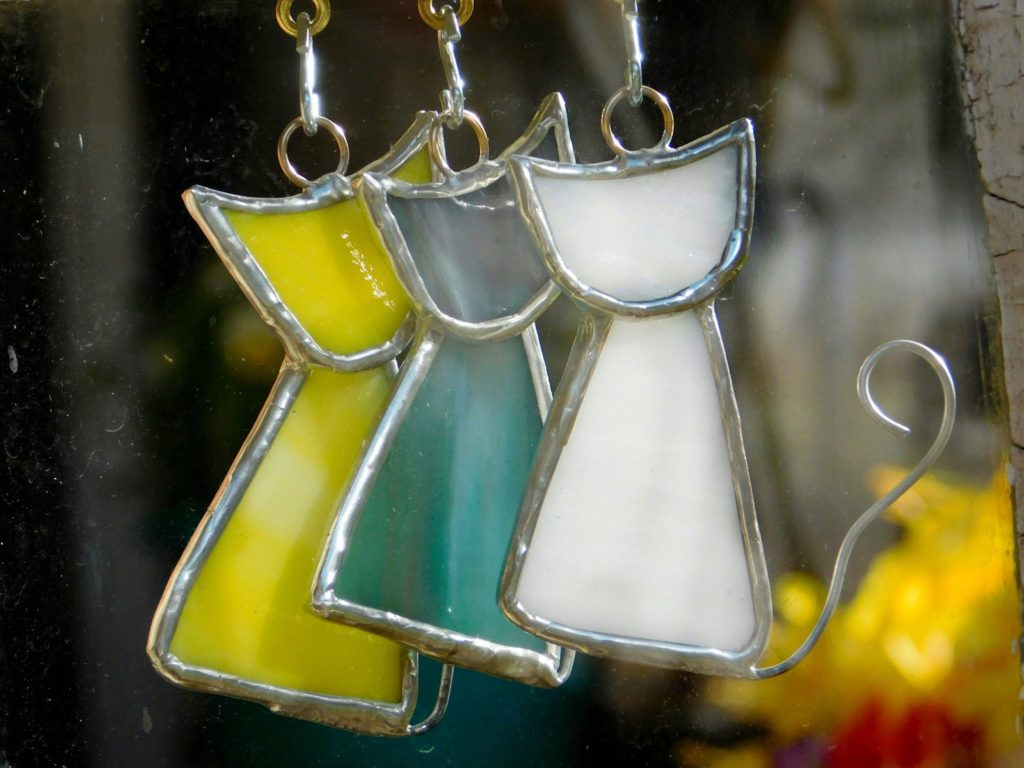 Scrappy Cat Suncatcher Ornament