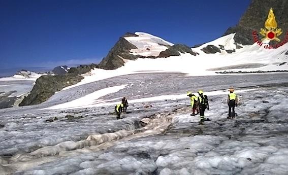 Le richerche sul ghiacciaio dello Scerscen, in Valtellina.
