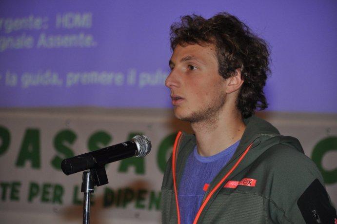 """Il """"ragno"""" Luca Schiera racconta la sua esperienza al pubblico di Passaggio Chiave"""