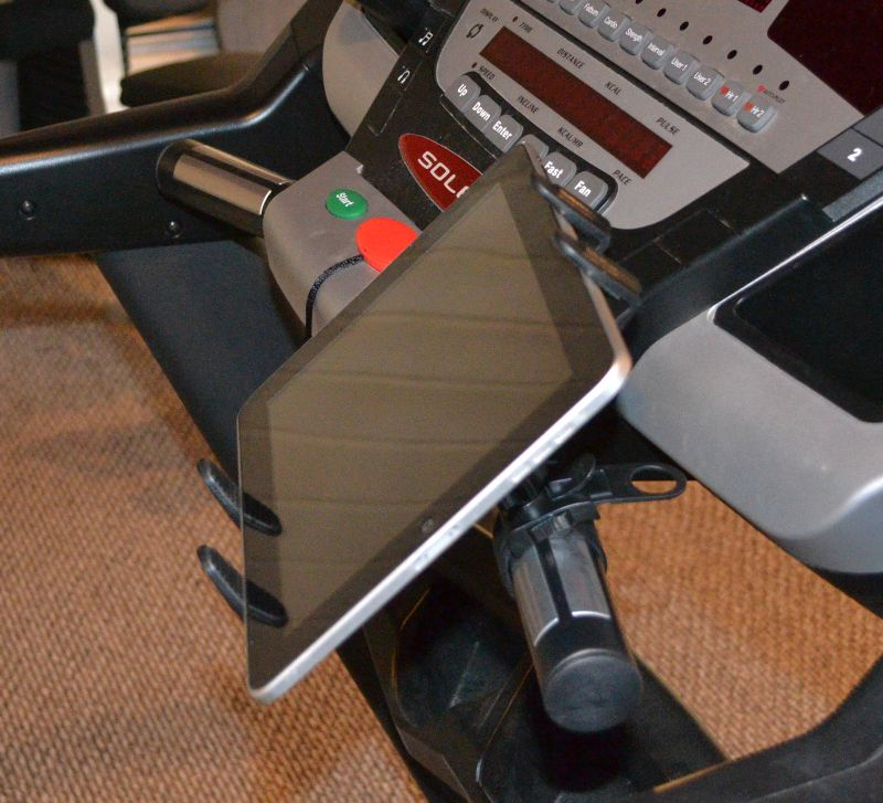 Treadmill Mounts for an Apple iPad