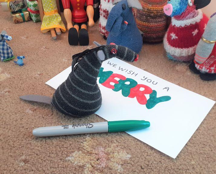 Bernard draws a Y