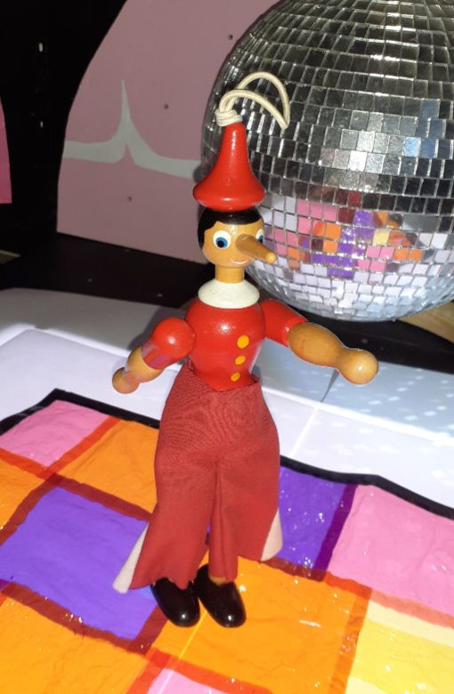 Gino dances to the music