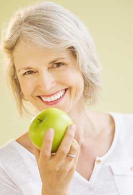 Eating an apple with dentures