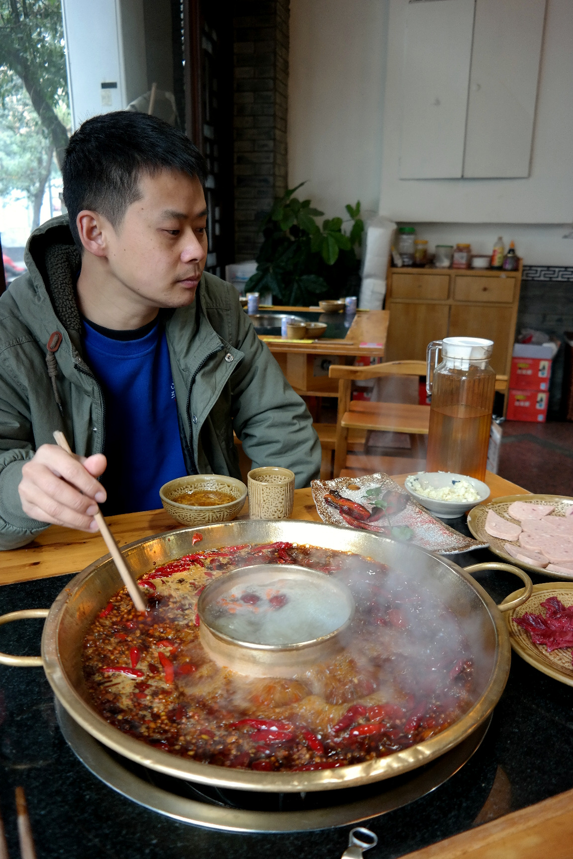 Move Our World - Hot Pot in Sichuan