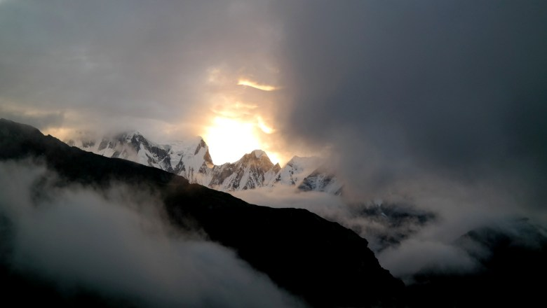 Annapurna Base Camp - Move Our World