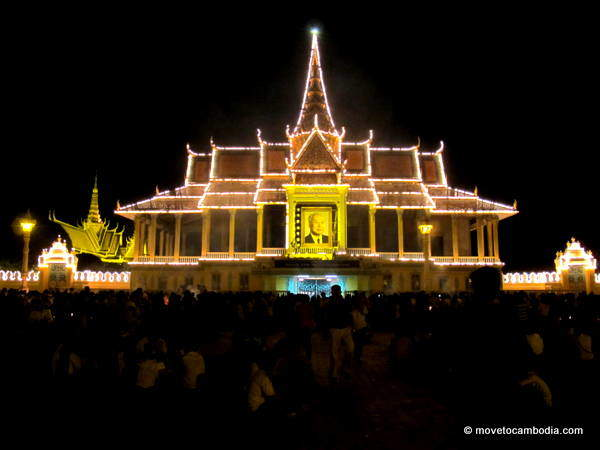 Phnom Penh's Royal Palace lit up to commemorate king-father Norodom Sihanouk