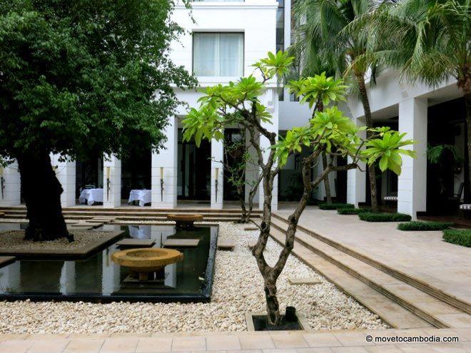 Park Hyatt Siem Reap garden