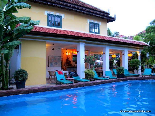 Golden Banana Siem Reap pool